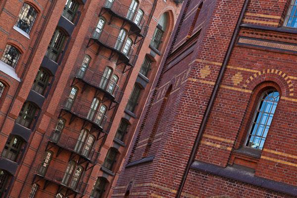 Hamburg - Boortsfahrt durch die Speicherstadt