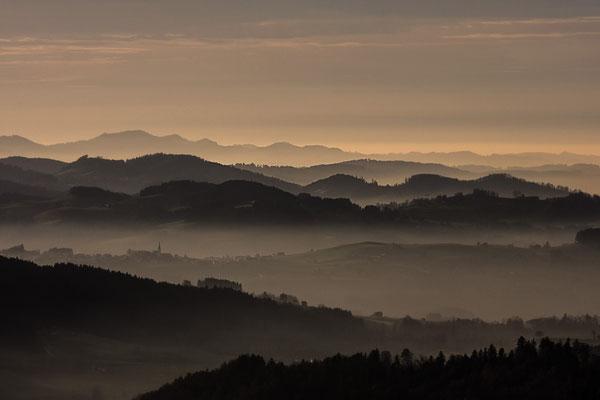 GAIS - Abendstimmung mit Nebel vom Gäbris gesehen