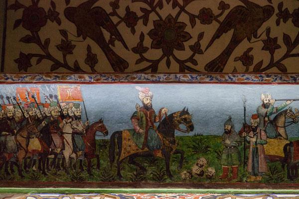 Azerbaijan - Kampfszenen an der Wand im Innern des Khan-Palastes in Sheki