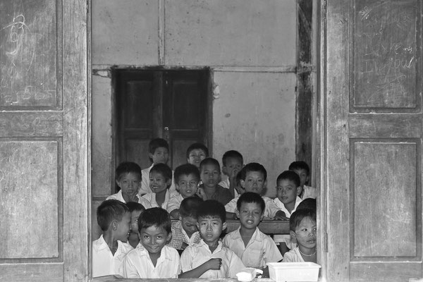 Myanmar people - Schulkinder in der Schule