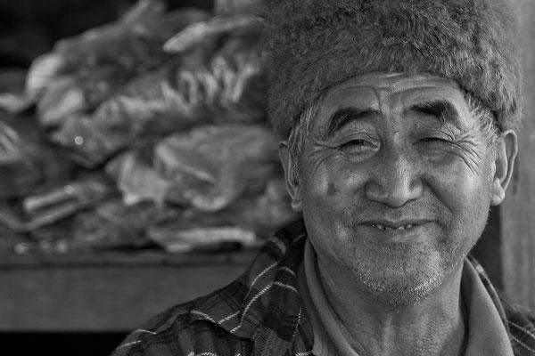 Myanmar people - fröhlicher Verkäufer