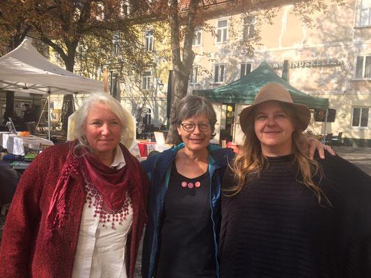 Die 3 Kirchbacher Kunsthandwerkerinnen in Graz - v.l. Silvia Hashold, Gabriele Pillinger, Barbara Krisper
