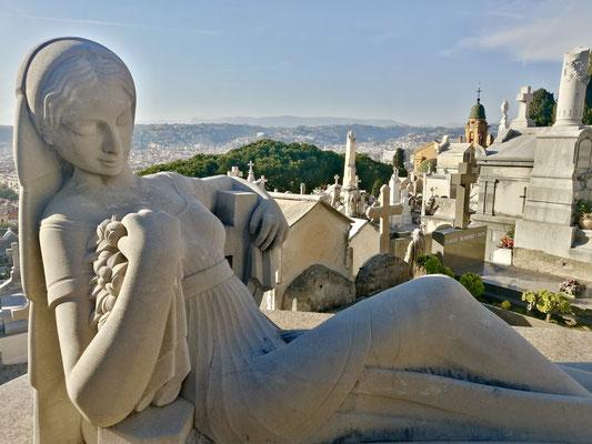 MONUMENTI INSOLITI - CHIESE BAROCCHE - CIMITERO E SCULTURE - PORTO IN BARCA - MUSEI