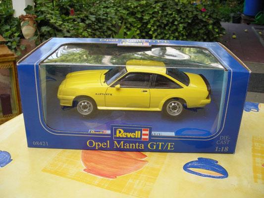 Grundmodell: Revell Manta B GT/E 1:18