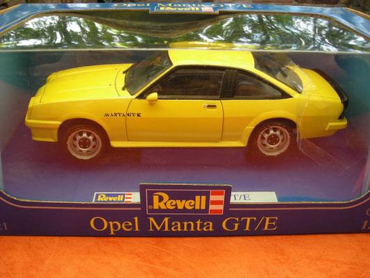 Grundmodell Opel Manta B GT/E von Revell