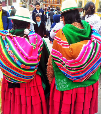 clothes Bolivia