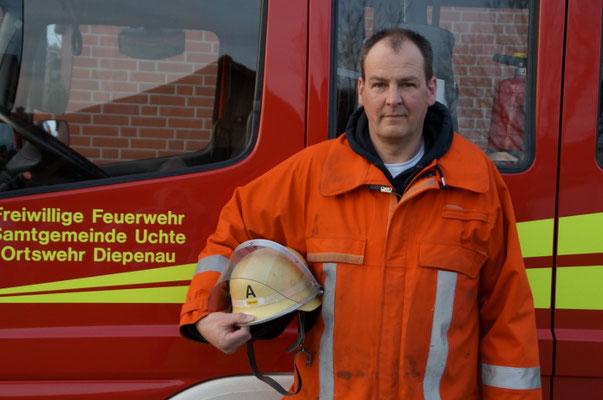 DER FUNKBEAUFTRAGTE Ist zuständig für die Funktechnik in den Einsatzfahrzeugen. Derzeit wird diese Funktion von Andreas Meyer bekleidet.