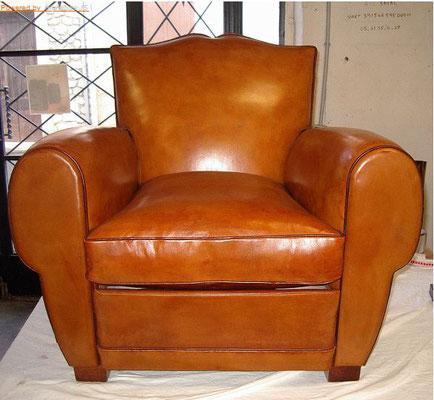restauration fauteuil cuir club