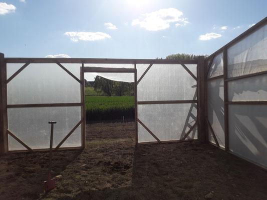 Unser gewächshaus im Rohbau.