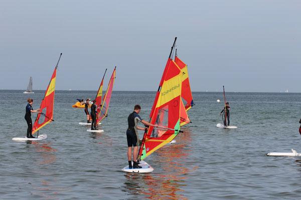 Bild: Surfen in Timmendorf-Niendorf