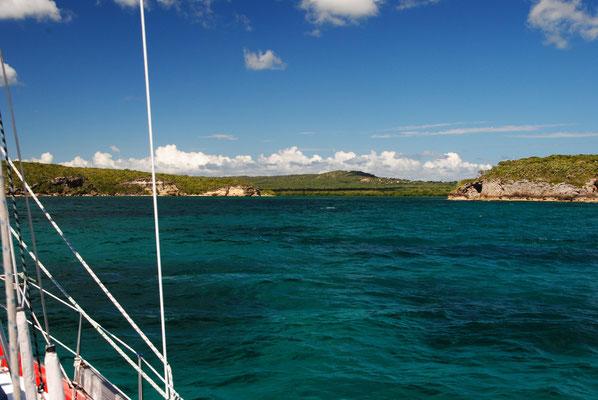 Einfahrt nach Puerto Ferro