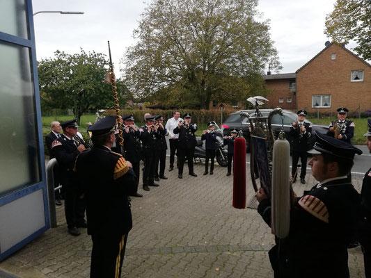 Empfang des Bruderschaftsvorstands bei der Hoistener Feuerwehr am Samstagnachmittag.