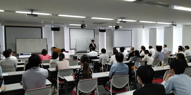 東京は品川区にて企業研修(社員研修)実施。大手企業様にて記憶術セミナー開催。記憶術セミナー講師(ストアカのプラチナ講師・法人向け講演依頼のオフィスク登録講師)でありメンサ会員:宮地真一の記憶術Cafe、法人研修版開催。