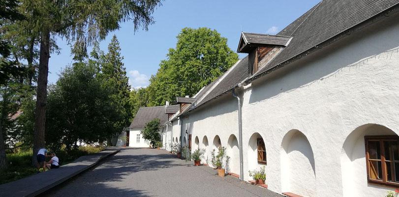 Schloß Lackenbach mit Park