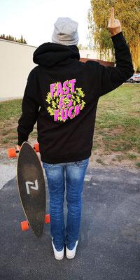Am Surfworldcup in Podersdorf hab ich endlich den perfekten Pulli für mich gefunden haha