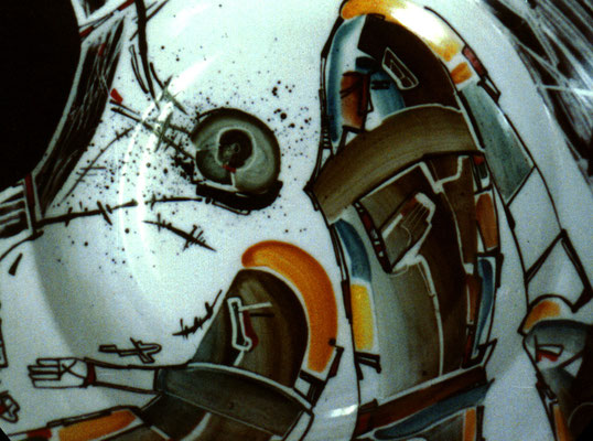 "Fragment ""Idols 3"" , D-30cm,porcelain, overglaze painting,2012"