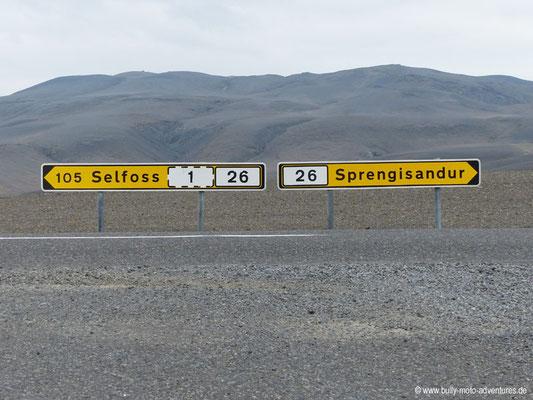 Island - Kreuzung der Straßen F208 und 26