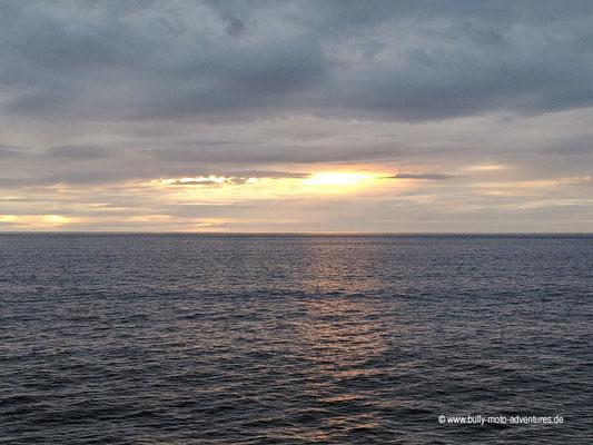 Chile - Fährfahrt von Puerto Natales nach Puerto Montt - Tag 3 - Abendstimmung