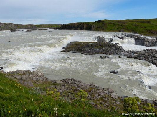 Island - Wasserfall Urriðafoss