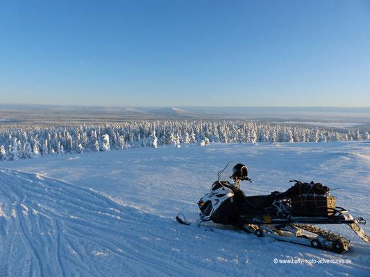 Finnland - Schneemobil-Tour