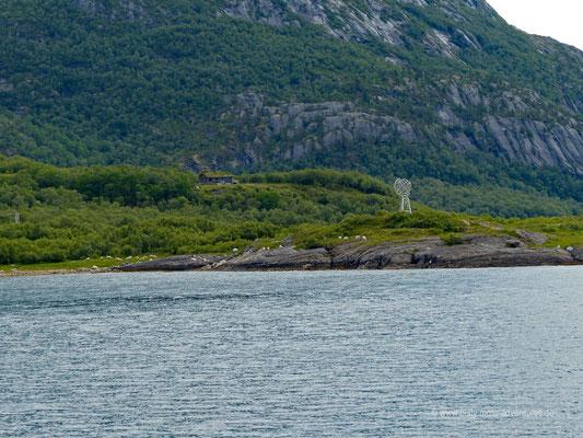 Norwegen - Straße Fv17 - Landschaftsroute Helgelandskysten - Überquerung des Polarkreises
