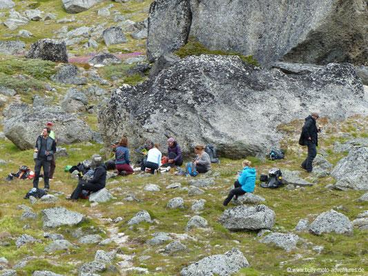 Grönland - Tasermiut Fjord - Picknick zwischen den Granitriesen