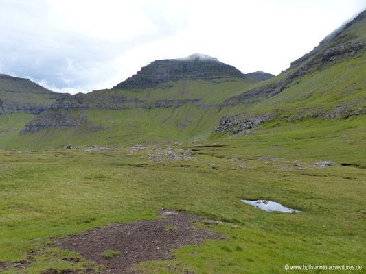 Färöer Inseln - Eysturoy - Zwischen Eiði und Funningur
