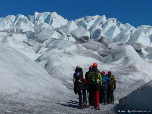 Grönland - Gletscherwanderung auf dem Gletscher Qalerallit
