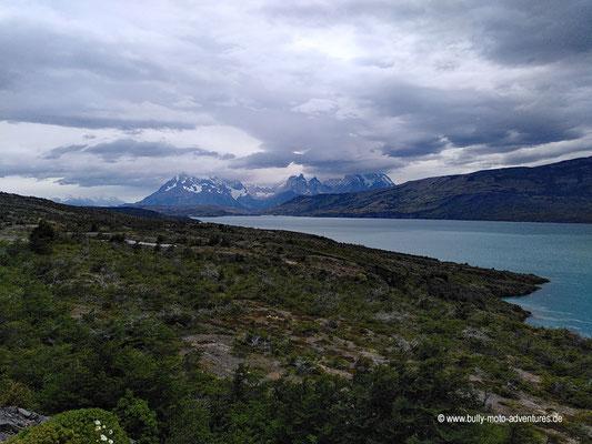 Chile - Straße Y-290 - Fahrt in den Parque Nacional Torres del Paine