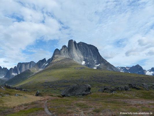 Grönland - Tasermiut Fjord - Blick auf den Berg Ulamertorsuaq (ca. 1830 m hoch)