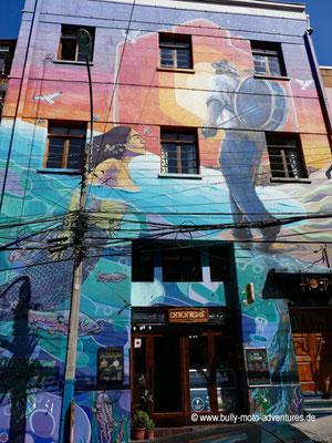 Chile - Valparaíso - Bunte Fassaden