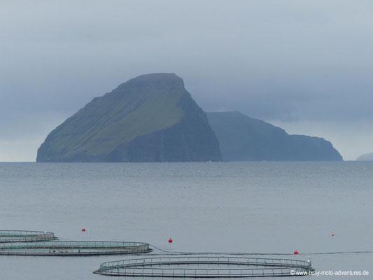 Färöer Inseln - Vágar - Blick auf den Ozeam von Sándavagur aus