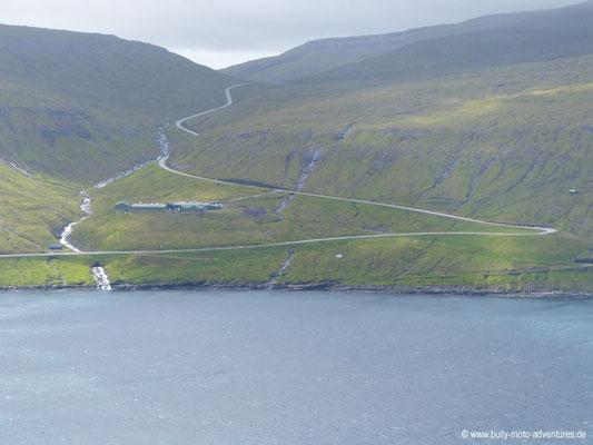 Färöer Inseln - Streymoy - Straße nach Vestmanna