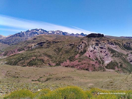 Argentinien - Straße 46 südlich des Parque Nacional Laguna Blanca