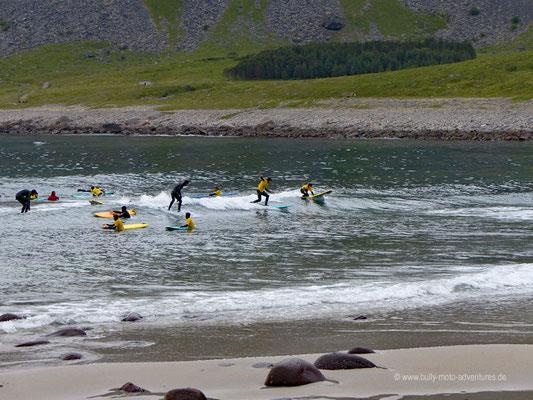 Norwegen - Lofoten - Surfen in Unstad