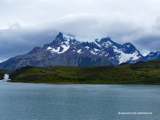 Chile - Parque Nacional Torres del Paine - Lago Pehoé