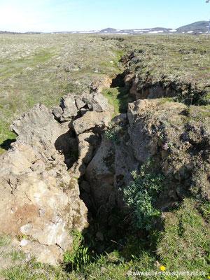 Island - Vulkansystem Krafla - Felsspalte