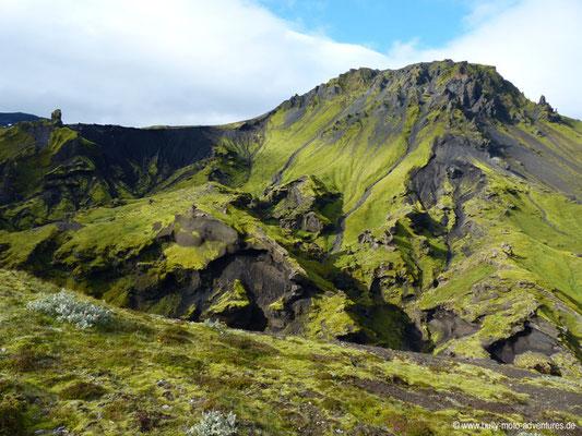 Island - Fimmvörðuháls - Etappe 1 - Básar nach Fimmvörðuskáli