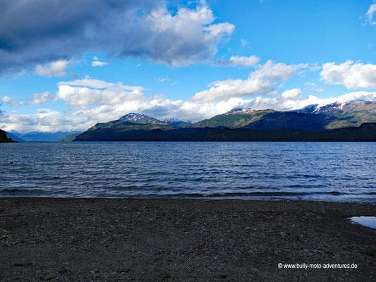 Chile - Puerto Río Tranquilo