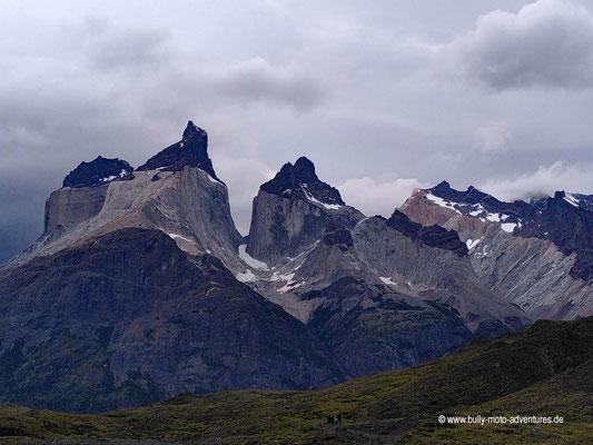 Chile - Parque Nacional Torres del Paine - Blick auf Cuernos del Paine