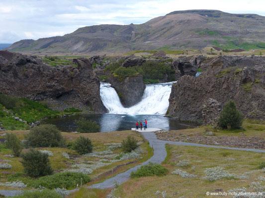 Island - Wasserfall Hjálparfoss