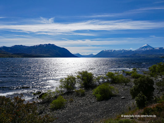 Argentinien - Parque Nacional Lanín - Lago Huechulafquen und Vulkan Lanín