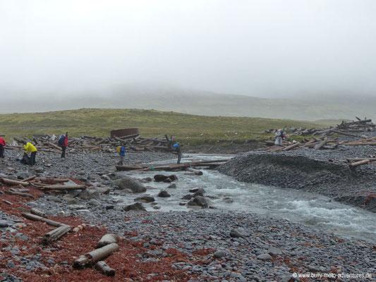 Island - Hornstrandir - Flussüberquerung