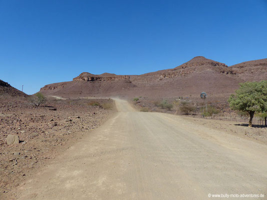 Namibia - Straße D608