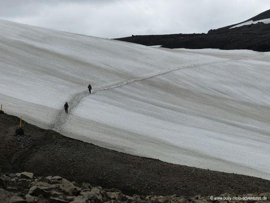 Island - Laugavegur - Schneefeld