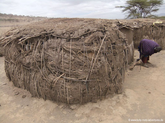 Tansania - Safari-Tour - Massai-Hütte (Ngorongoro Conservation Area)