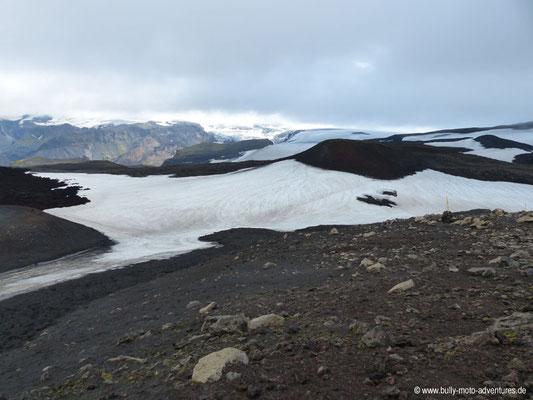 Island - Fimmvörðuháls - Etappe 1 - Básar nach Fimmvörðuskáli - Lavafeld Goðahraun
