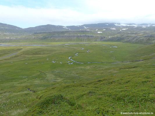 Island - Hornstrandir - Etappe 1 - Veiðileysufjörður nach Hornvík - Blick auf Hornvík