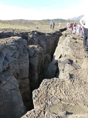 Island - Felsspalte Grjótagja