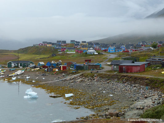 Grönland - Bunte Häuser von Narsaq